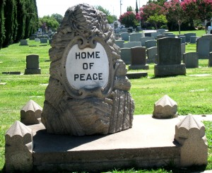 The Home of Peace cemetery on Stockton Boulevard replaced the original Jewish cemetery in East Sacramento in 1924. / Photo courtesy of Robert Wascou
