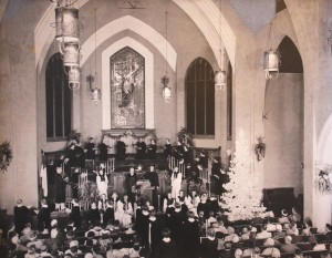 A Christmas service is held in the church's 5,500-square-foot sanctuary in this c. 1950 photograph. / Photo courtesy of Pioneer Congregational Church