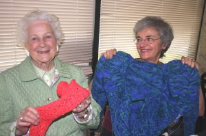 Pocket area residents Fran Jaksich (left) and Carrie Parker are original members of the local knitters group, YO Mamas. / Valley Community Newspapers photo, Lance Armstrong