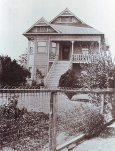 THE ANTONE LUIZ SILVA HOME in the Pocket area is shown in this 1909 photograph. / Photo courtesy, Portuguese Historical and Cultural Society