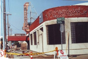 The Rosemount Grill is shown following its 1989 closure. The business's neon sign, which was also located at its former downtown location, was removed from its Folsom Boulevard building in March 1990. / Photo courtesy, the Mikacich family