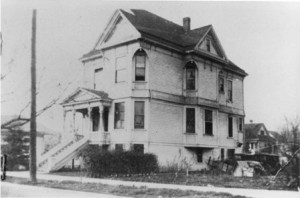MANUEL SILVA NEVIS resided in this 21st Street, Queen Anne-style house during the latter part of his life. The house, which was built in 1898, is presently home to the H.R. Edgar Institute. / Photo courtesy, Portuguese Historical and Cultural Society