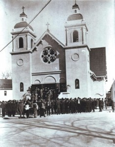 COMMUNITY HUB. St. Elizabeth Portuguese National Church, shown on its dedication day on Feb. 2, 1913, has played an important roll in the lives of many Riverside-Pocket area residents. This church was named after the beloved queen of Portugal. / Photo courtesy, PHCS