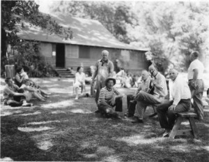 The old Riverview clubhouse is shown in the background of this early Riverview club photograph. Photo courtesy of Riverview II
