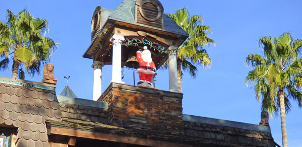 Sacramento resident's dream bell tower has holiday visitor: Santa Claus
